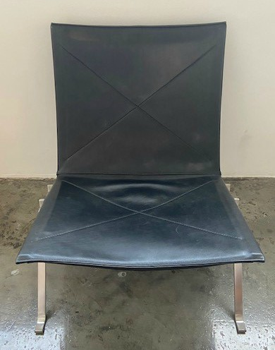 PK22 - Lounge Chair / Leather Elegance black